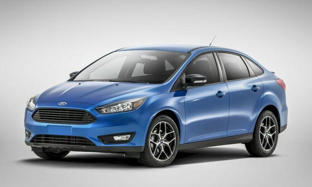 2015-ford-focus-sedan-0