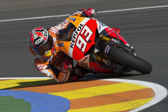 VALENCIA, SPAIN - NOVEMBER 08:  Marc Marquez of Spain and Repsol Honda Team rounds the bend during the MotoGP of Valencia Free Practice at Ricardo Tormo Circuit on November 8, 2013 in Valencia, Spain.  (Photo by Mirco Lazzari gp/Getty Images)