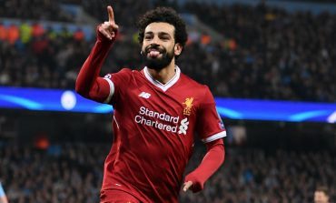 Salah decide, Liverpool vence e coloca pressão no City