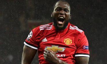 Sem Mourinho, United é 100%