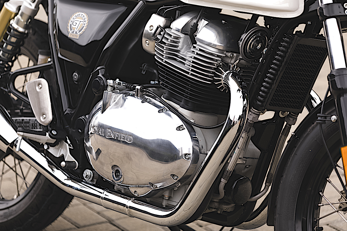 Foto do motor da moto Continental da Royal Enfield