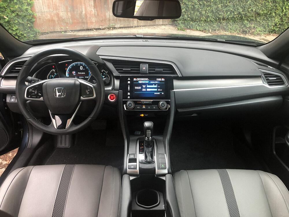 Detalhes internos do Honda Civic 2020