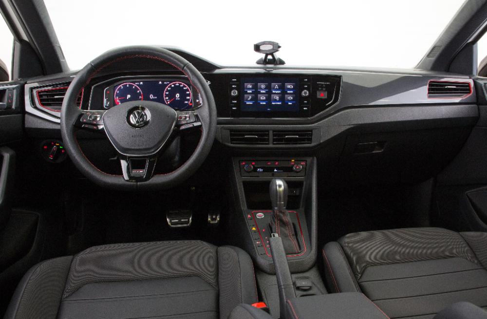 painel e interior do novo Virtus GTS