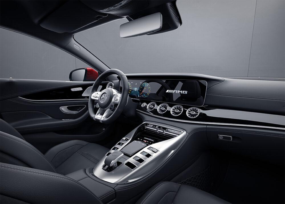 Interior da Mercedes-AMG GT 43