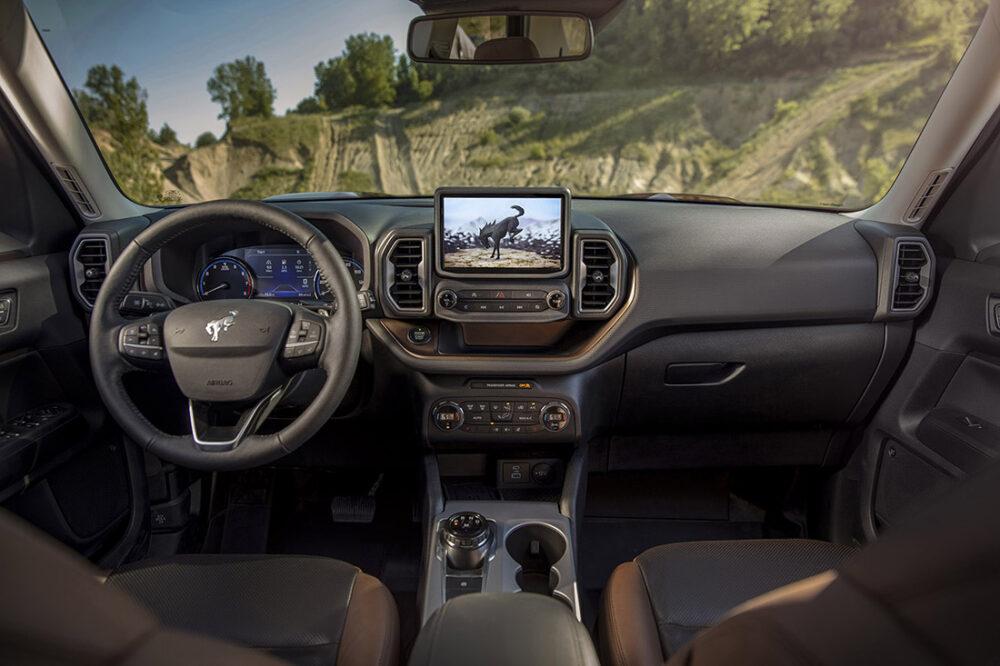 Interior do Ford Bronco