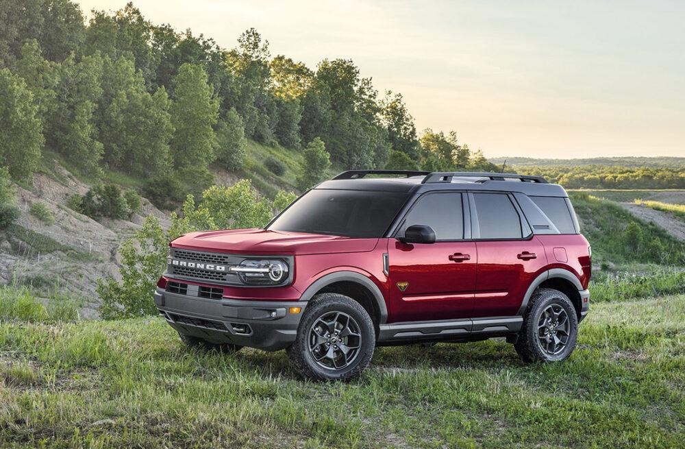 Ford Bronco Sport no campo
