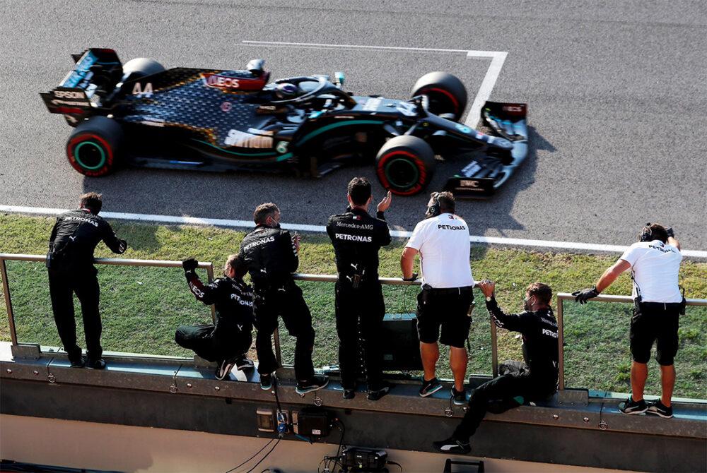 Hamilton vence o GP da Toscana, em Mugello