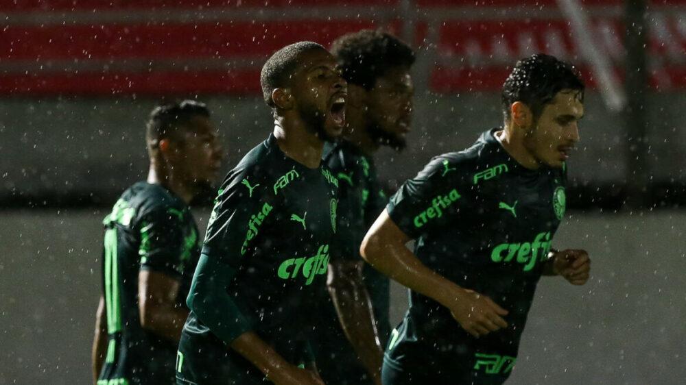 Wesley marcou um dos gols do Palmeiras