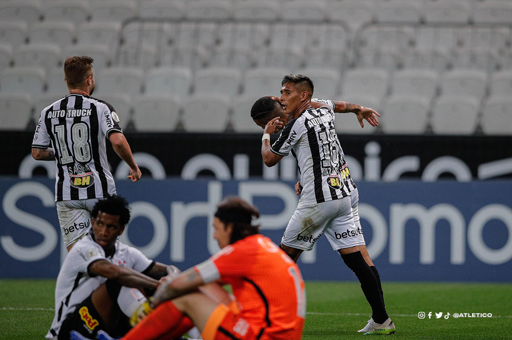Atlético-MG venceu de vir na Neo Química Arena