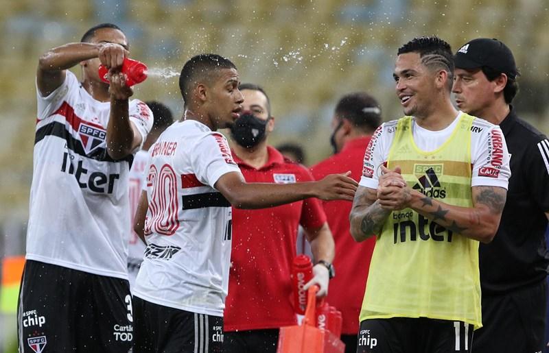 Sucesso do São Paulo passa por boa fase de Brenner e Luciano