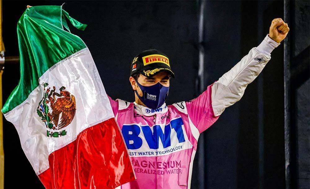 Sérgio Perez comemora o pódio no GP de Sakhir