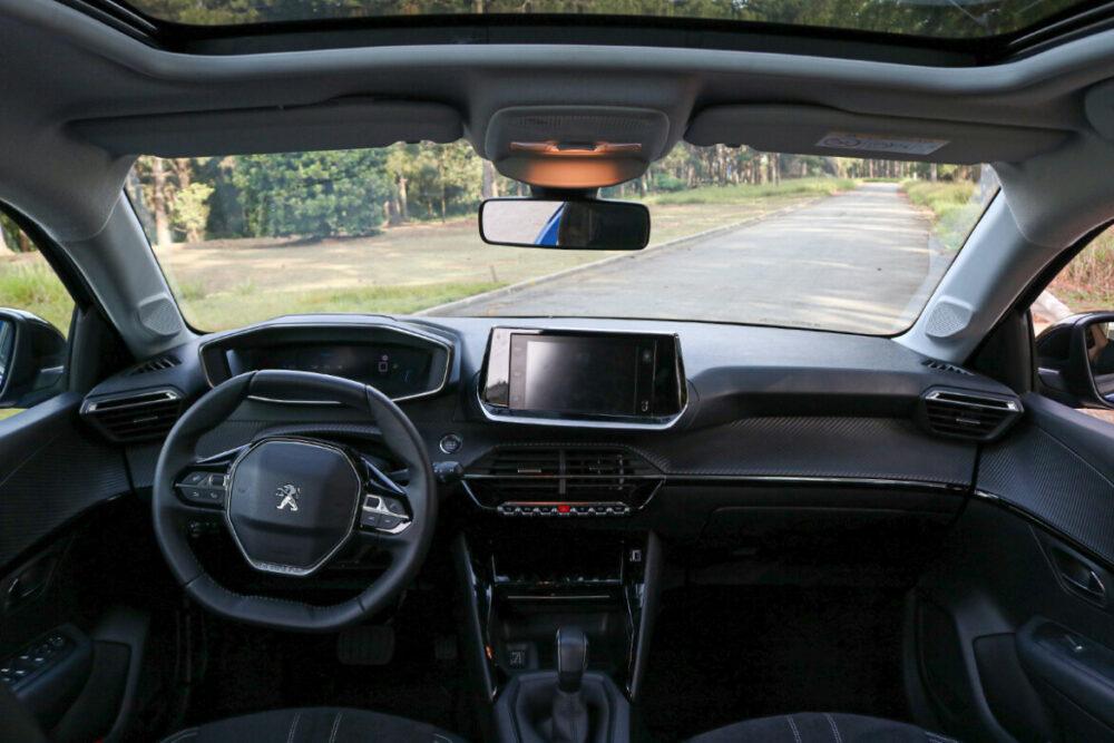 Interior do Novo Peugeot 208