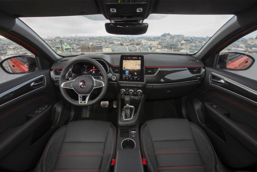 Interior do Renault Arkana