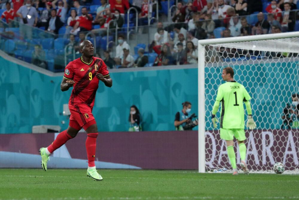 Lukaku marcou dois gols contra a Russia
