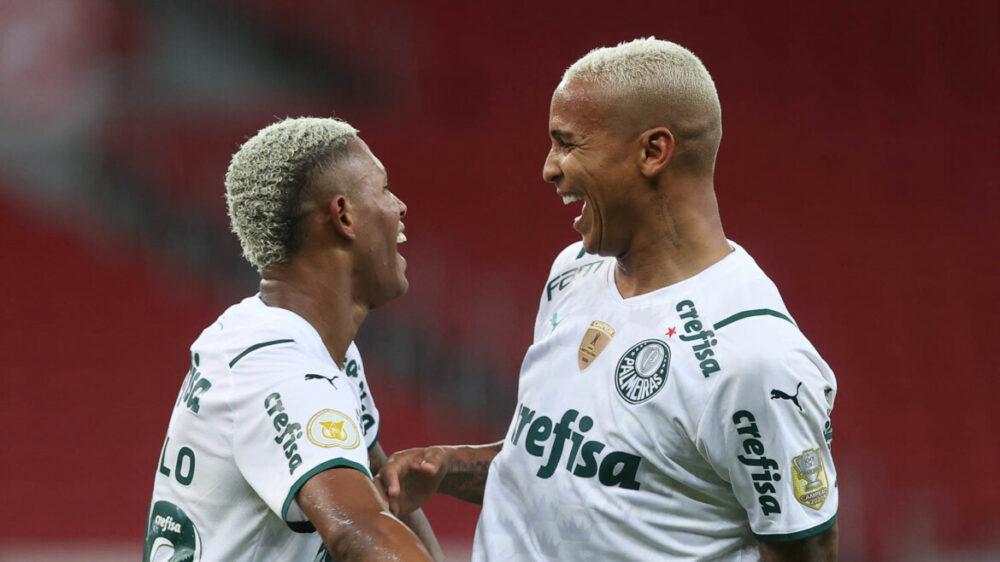 Danilo e Deyverson marcaram para o Palmeiras