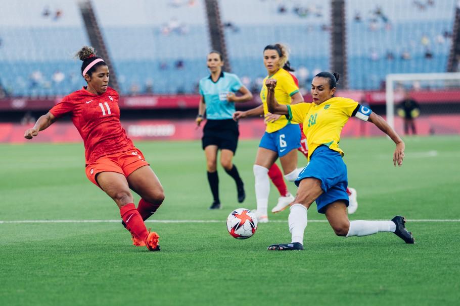 Marta esteve apagada em jogo pela Seleção feminina