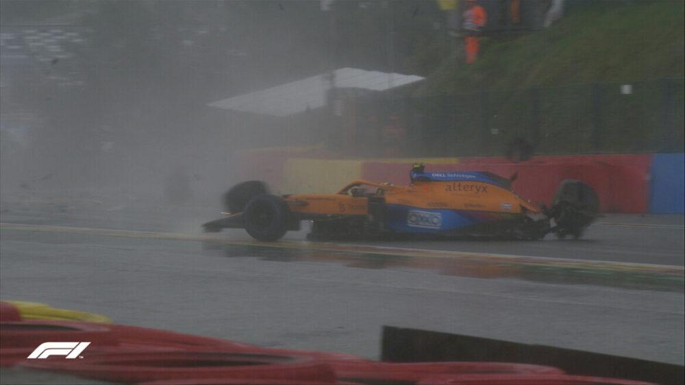 Batida de Lando Norris durante o Q3 na Eau Rouge