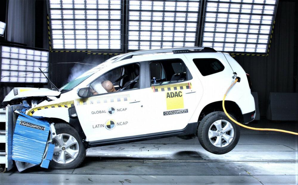 O Renault Duster nacional levou zero no teste de impacto