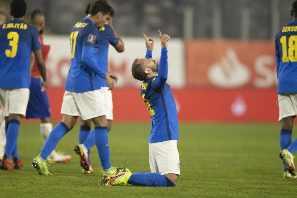 Everton Ribeiro deu a vitória ao Brasil